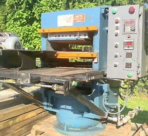 2 315 Ton Hydraulic Molding Post Electric Platen Presses