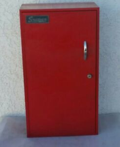 Vintage Snap on Hanging 3 Shelf Side Tool Box Side Cabinet With Key Kr 272