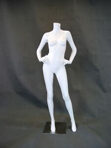Headless Female Matte White Fiberglass Full Body Fashion Mannequin With Base