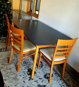 Ansager Mobler Mid Century Table And 6 Chair Dining Room Set