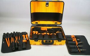 Klein 33527 General Purpose Insulated Tool Kit 22 Piece Electrician Tool Set