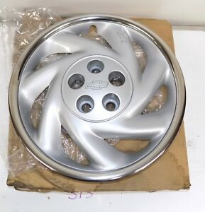 Nos Gm 1995 99 Chevrolet Cavalier 1994 96 Beretta Wheel Cover Hub Cap 9592866