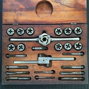 Vintage Blue point By Snap on Tap And Die Set T d 2400 Original Wood Box Usa