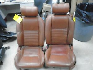Driver Front Seat Pair 6 Way Pwr W O Airbags Saddle 6 2002 Ford Thunderbird