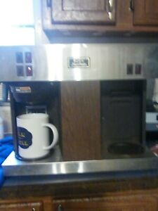 Bunn Vps Commercial 3 Pot Coffee Maker Brewer Pour O Matic 12 Cup Warmers