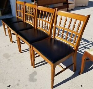 Set Of 6 Danish Mid Century Modern Oak And Vinyl Spindle Back Dining Chairs