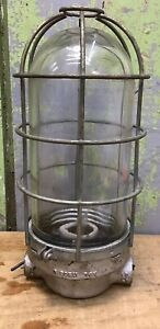 Pyle National Industrial Explosion Proof Light As Found W Cage