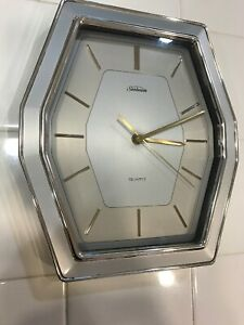 Vintage Mid Century Modern Sunbeam Wall Clock Model 882 1173