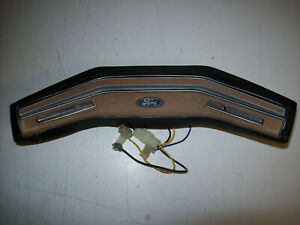 1980 1986 Ford Bronco F150 F250 Lariat Truck Steering Wheel Horn Pad W Cruise B