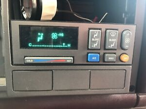 88 94 Chevy C1500 Suburban Blazer Pickup A c Climate Heater Control Panel