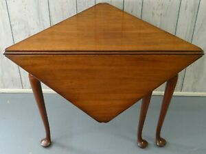 Kittinger Mahogany Corner Table Colonial Williamsburg Cw 2 Dropleaf Triangle