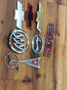 Chevrolet Bowtie Emblem Chevy Lot Of Emblems