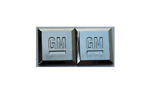 X2 Gm Mark Of Excellence Emblem Chevrolet Buick Cadillac Pontiac Oldsmobile