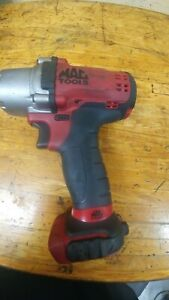 Mac Tools 1 4 Impact Wrench With 3 8 Dewalt Cordless No Batterys