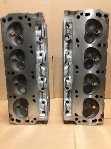 351w Ford Gt40 3 Bar Cylinder Head Pair F3ze With 1 2 Head Bolt Holes