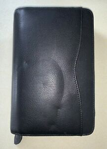 Day timer 6 ring Genuine Leather Organizer Planner With Zipper Good Condition
