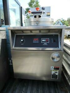 Pressure Fryer Electric bki 2 Available