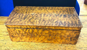 S21 18th 19th Century American Primitive Burl Figured Wood Box Hand Crafted