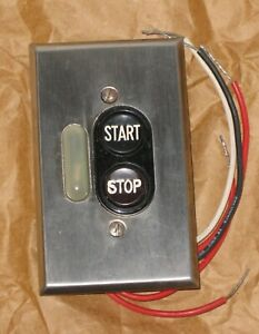 Vintage Ge Push Button Switch Electrical Machine Light up Round Red Black