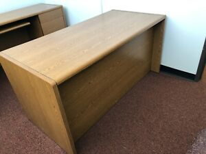 Hon Executive Desk W Credenza 3 Chairs Pre owned