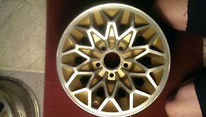Pontiac Snowflake Wheels Originally Gold 15x7 They Are Correct Revised