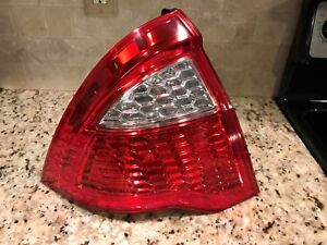 2010 2011 2012 Ford Fusion Tail Light Left Driver Side