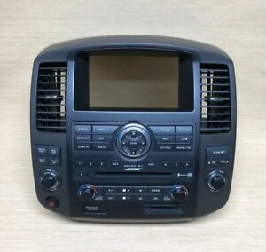 08 12 Nissan Pathfinder Bose Cd Radio Player Climate Control Vent Bezel