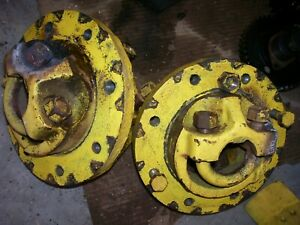 Vintage Oliver Super 55 Gas Tractor Rear Hubs U Bolts As Is 1958