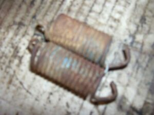 Vintage Fordson Major Diesel Tractor brake Pedal Return Springs 1957