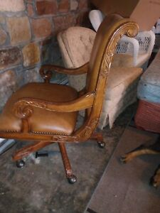 Vintage Executive Office Chair Black Leather