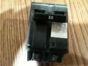 Crouse Hinds 30 Amp 2 Pole Circuit Breaker Type Mp c