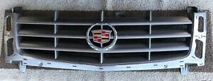 2002 2006 Cadillac Escalade Front Grille Grill oem Pre owned From Factory