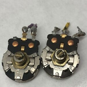 2 vintage Cts Potentiometer 338