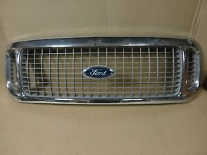 00 05 Ford Excursion Front Center Grille Grill