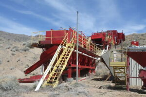 Complete 200 Yph Placer Gold Mining Screendeck Plant With High Recovery Sluices