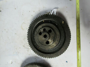 Detroit Diesel 453 Idler Left Helix Gear 5135114 With Hub Spindle 3 53 Crank