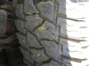 4 Mickey Thompson Baja Mtz P3 Radial 32x11 50 R15 Lt