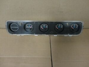 92 95 Jeep Wrangler Yj Center Dash Gauge Instrument Cluster Factory