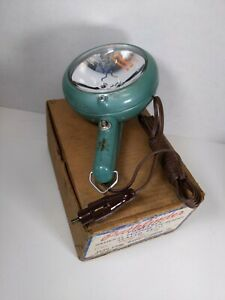 Vtg 50 S Green Pathfinder Model 750 Spot Light 12v Car Cigarette Lighter Box