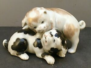 5japanese Meiji Studio Porcelain Okimono Two Playing Puppy