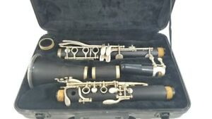 Roy Benson Model CB 217 Clarinet w case Very Good condition two barrels