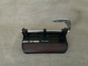 Swingline 3 Hole Punch 3 Punch Heads 40 Sheet Capacity 11 32 Sw174400