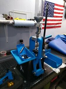 dillon 550 reloading press with extras