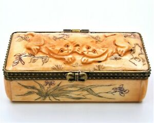 Hand Made Bone Snuff Box With Lovely Double Cat Scrimshaw Work