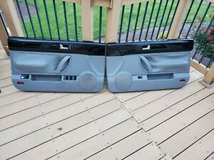 03 10 Vw Beetle Convertible Black Gray Passenger Driver Door Panel Set Oem