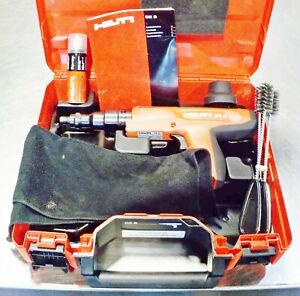 Hilti Dx2 Powder Actuated Fastening Tool Case Accessories Near Mint