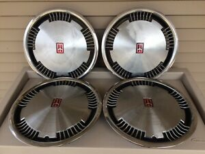 Set Of 4 Oldsmobile Delta 88 Regency 15 Inch Vintage Hubcaps