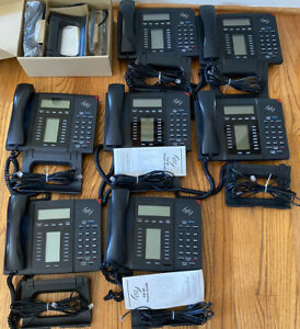 Esi 60 Digital Business Phones 7 Lightly Used 1 Brand New