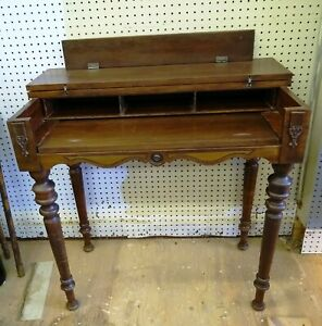 Writing Or Laptop ping Desk Home Office Wood Vintage Pick up Only 05733