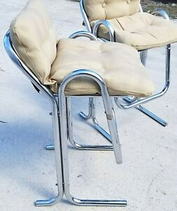 60 S Pair Of Jerry Johnson Arcadia Mid Century Modern Tubular Chrome Bar Stools